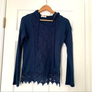 Taylor & Sage XS navy blue hooded sweater